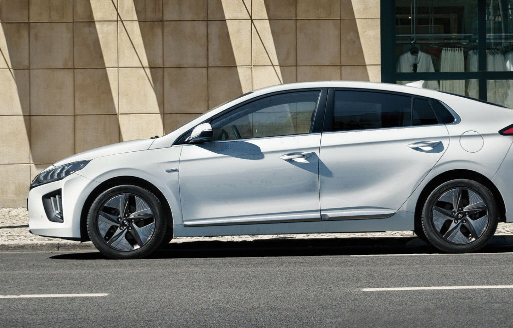 Make the Most of Your Drive with the 2020 Ioniq Hybrid